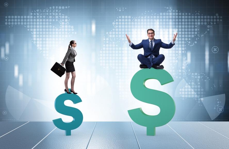 Empregador pagará multa por salário diferente para mulher