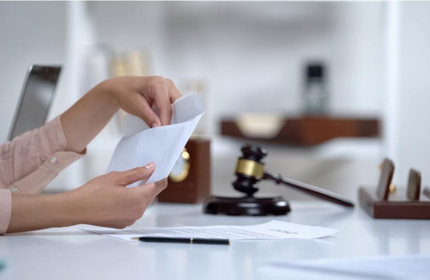 Danos morais: ex-cônjuge tem direito?