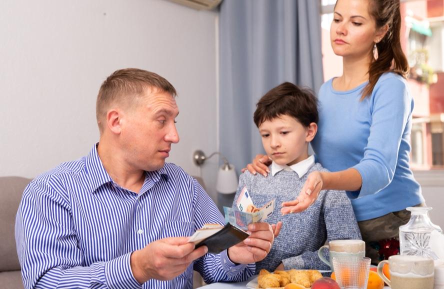 Pensão alimentícia atrasada: entenda seus direitos
